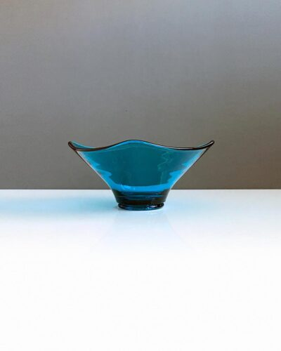 blue depression-glass-square-dish-1