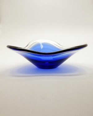 Flygsfors 1952 Coquille Cobalt Blue Glass Bowl