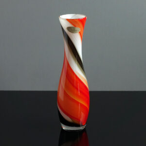 nasco-japan-opaline-orange-swirl-bud-vase
