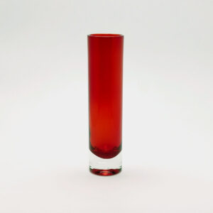 red-aseda-style-chimney-blown-glass-bud-vase