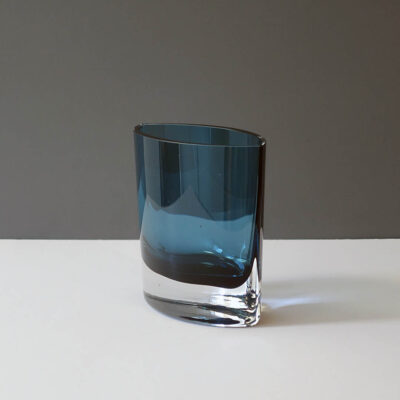blue-medium-size-crystal-pocket-vase