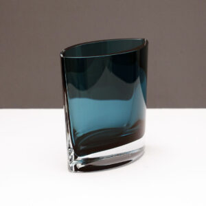 medium-wide-blue-pocket-crystal-vase