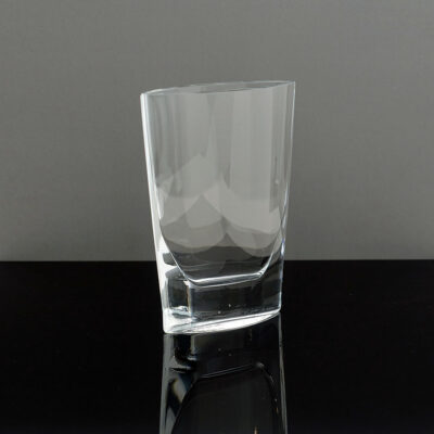 tall-clear-pocket-crystal-vase
