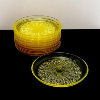 sun-pattern-dessert-plates-Nanny-Still-Riihimaen-Lasi-Oy-2