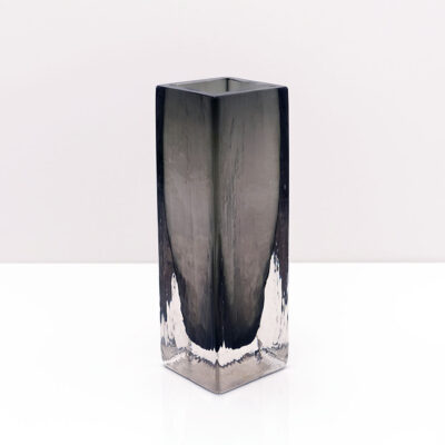 dark-gray-scandinavian-style-1997-art-glass-vase-signed