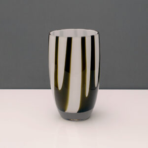 black-white-art-glass-vase