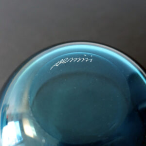 venini-blue-finger-bowl-signature