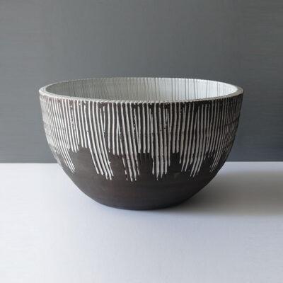 monumental-sgraffito-black-white-centerpiece-bowl