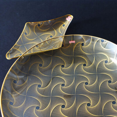 denmark-swirly-op-art-gold-lines-serving-set