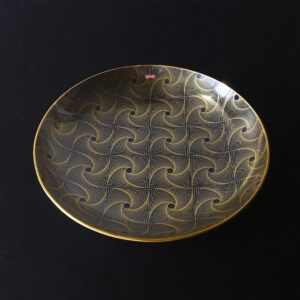 denmark-swirly-op-art-bent-glass-platter