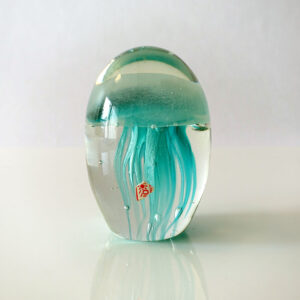 blue-jellyfish-art-glass-paperweight-01