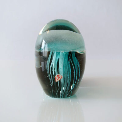 blue-jellyfish-art-glass-paperweight-02