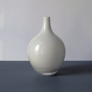 medium-white-cased-glass-teardrop-blown-glass-vase