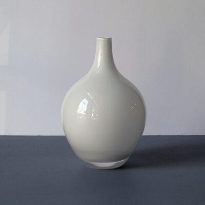 medium-white-cased-glass-teardrop-blown-glass-vase