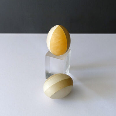 marble-egg-white-gray-amber-stripe2