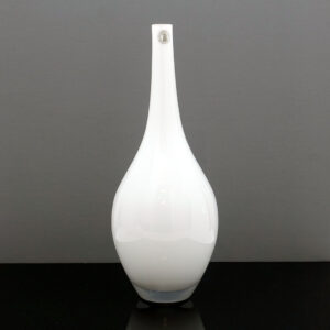 tall-salong-white-cased-glass-vase