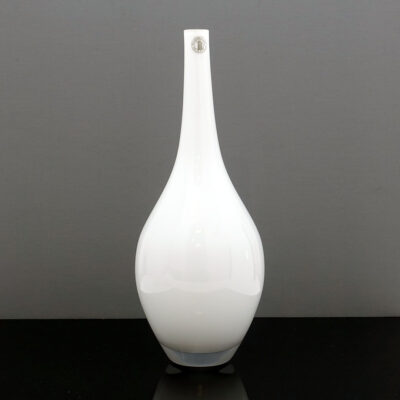 tall-salong-white-cased-glass-vase