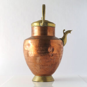 copper-brass-vessel-spout-handle-lid-01