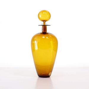 cariati-wine-jug-amber
