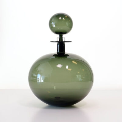 cariati-round-petite-decanter-tourmaline