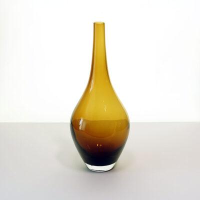 amber-salong-tall-blown-glass-vase-01