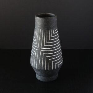 black-white-sgraffito-earthenware-vase