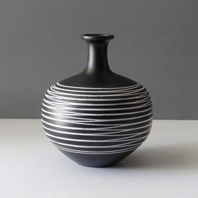 haeger-multi-directional-4143-long-neck-vase