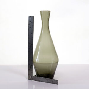 angular-nordic-style-glass-vase-1
