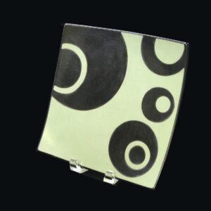 bold-graphic-circles-peruvian-platter
