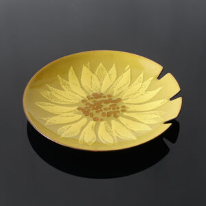 bovano-sunflower-ashtray-larger
